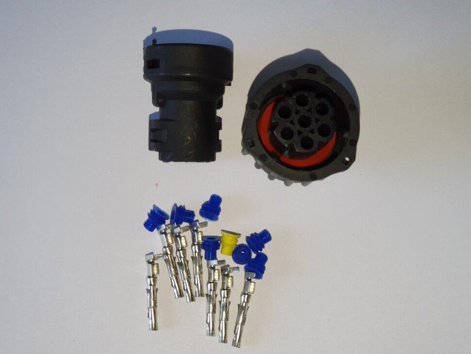 Разъём байонет AMP 7-pin розетка (мама)