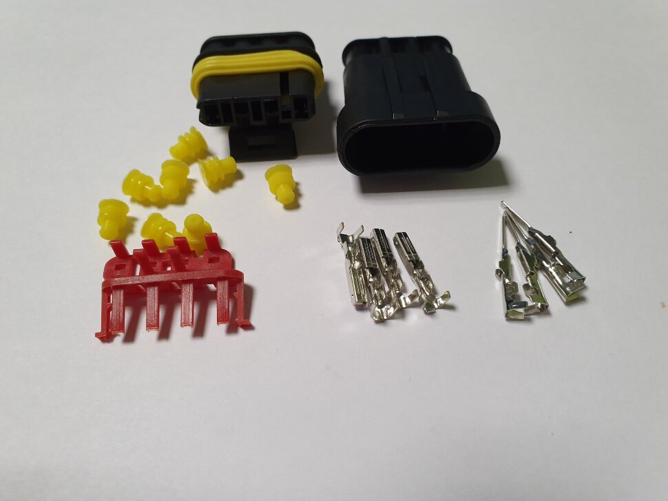 Комплект разъёмов фонаря папа+мама 4-pin