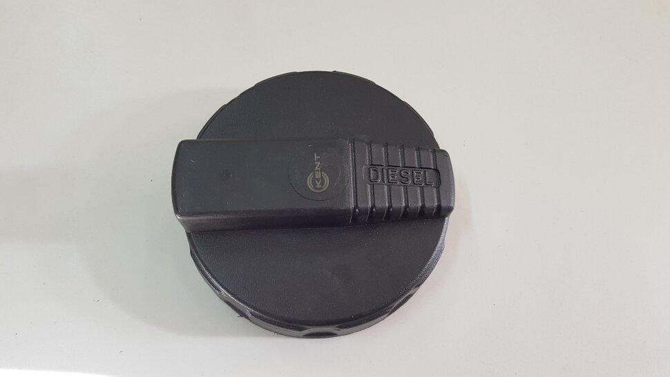 Крышка бака D=80 пластик. без ключа