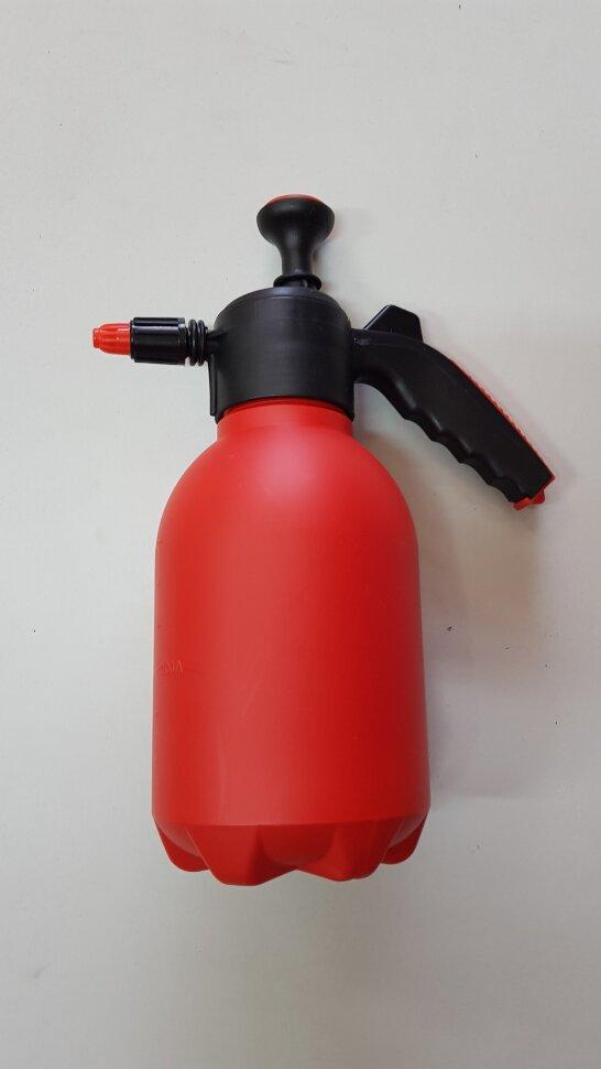 Опрыскиватель 2 литра красный