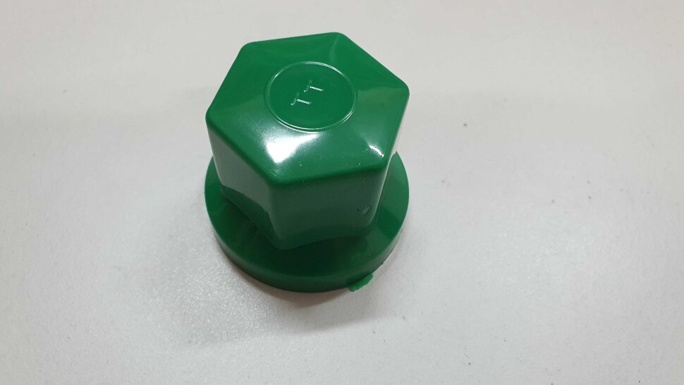 Колпачок гайки колеса 33мм пластиковый зеленый