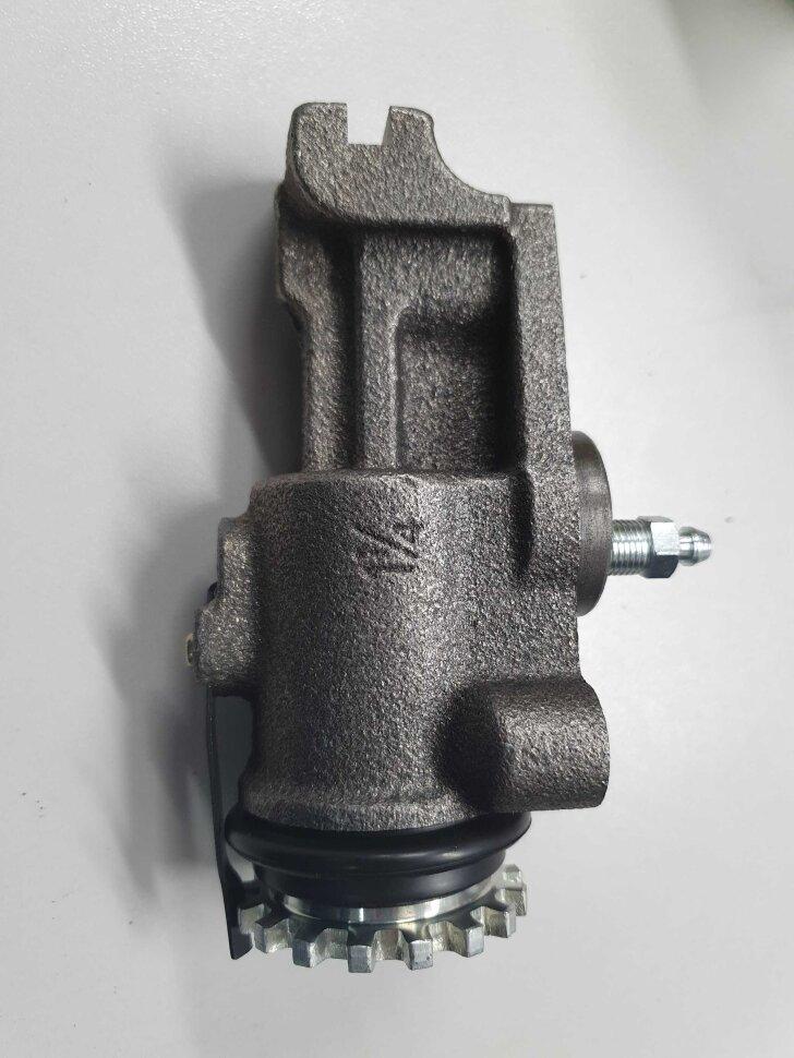 Цилиндр тормозной передний правый